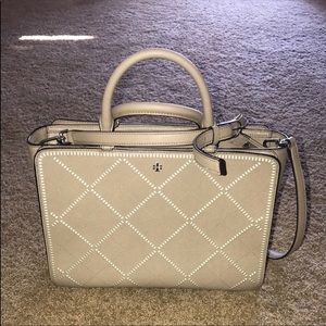 Tory Burch Robinson stitch
